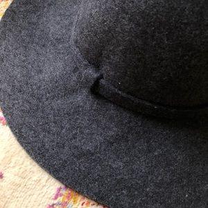 Banana Republic Accessories - NWT Gray Wool Banana Republic Hat 239a85df301b